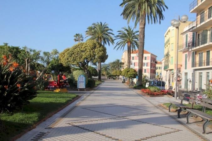 Il Paese di Ciribi' Bungalows Villas Mare Italia