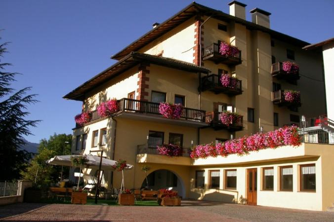 Hotel Corona Montagna