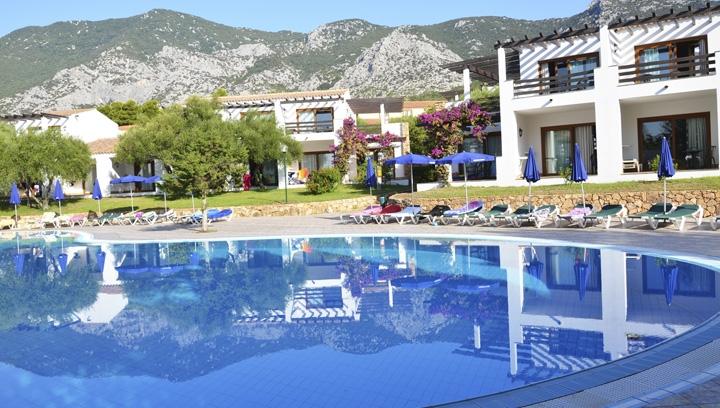 Palmasera Village Resort 4* Mare Italia