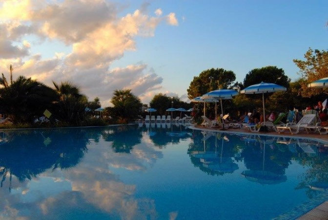 Villaggio Bahja Mare Italia