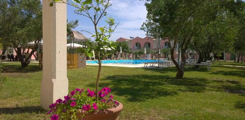 Family Village 4* Mare Italia